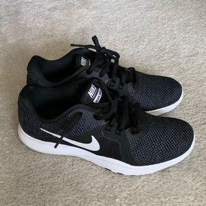 Women's Nike Flex Trainer 8